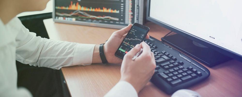 PowerData Procesamiento y gobierno de datos agiles en empresas lideres