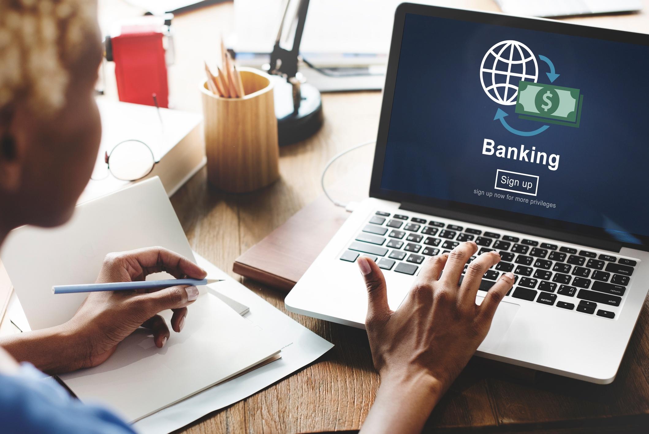 Detección de Fraude en el sector financiero mediante Data Lakes
